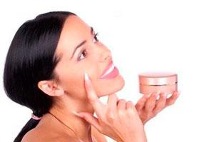 Правила покупки тональной основы под макияж
